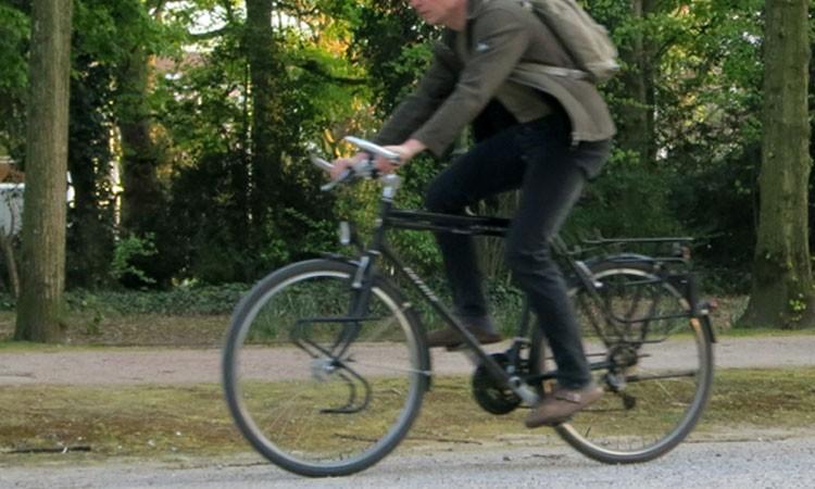 Trekkingrad in der Stadt
